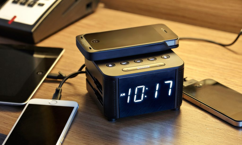Kube Clock iPhone Charger