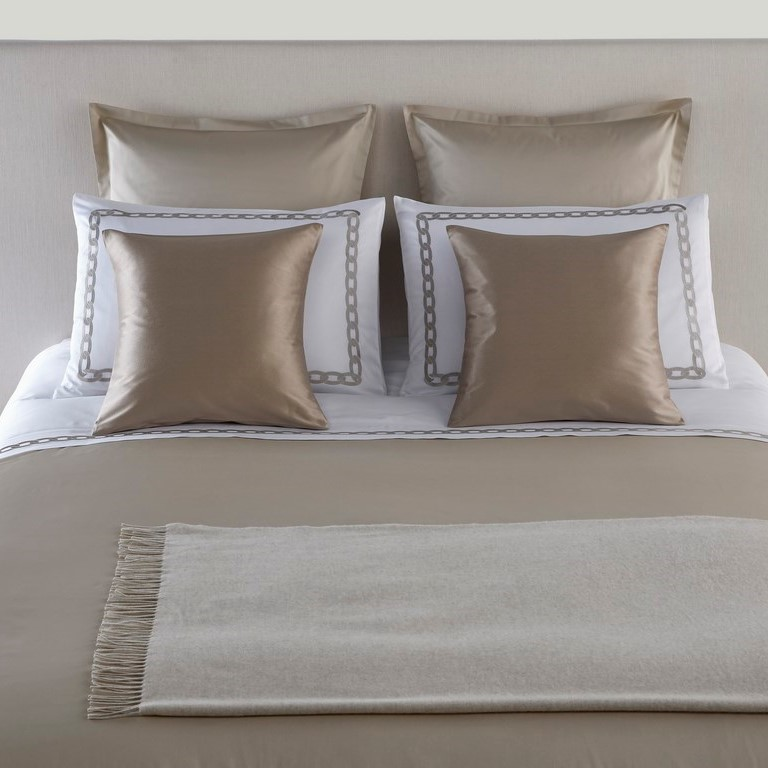 Frette sheeting throws linens Aspen collection