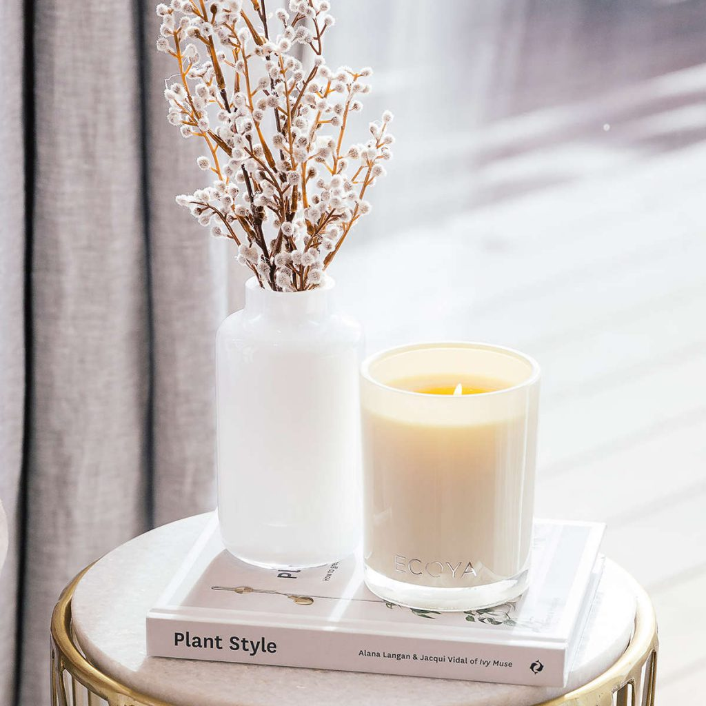 ECOYA fragrance experts make soy wax candles with 100% cotton wicks